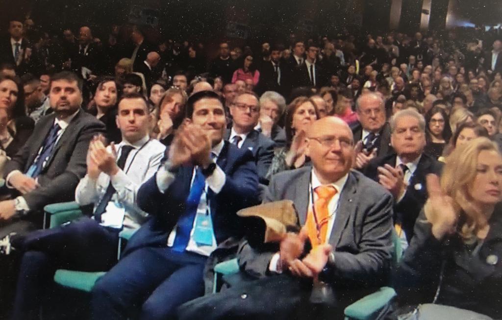 Prima di rimpiangere Berlusconi